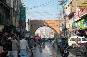 """中国帮巴铁修建的""""地铁""""已开通,印度鸡蛋里挑骨头:啥也不是"""