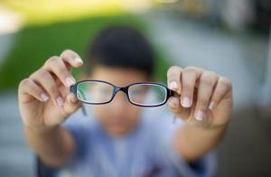 2岁儿童近视2900度!眼科专家:家长一定不要忽视这些事情!