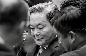 韩国首富去世,他的大女儿美貌惊艳国人,却遭渣男前夫分百亿家产