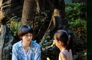 《我的姐姐》正在热映,主演张子枫幕后采访曝光,一番话让人敬佩