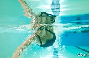 中游体育:补充视频关于抱水的讲解 抱水动作为何要慢