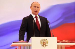 普京宣布出兵纳卡!二千维和部队向冲突区域进发,民众高喊:回去
