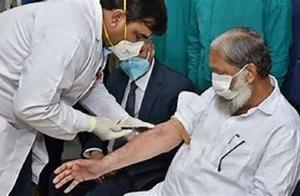 印度卫生官员接种疫苗后仍然感染了新冠病毒,说明印度疫苗无效?