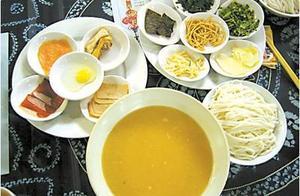 过桥米线是怎么做出来的,你知道如何正确的吃吗
