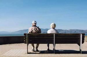 重阳节,谈一谈我们长大后不断远离的父母