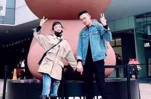 吴京也被压在热搜榜第二!网红张子凡丁钰琼结婚,他们到底是谁?