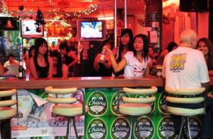 泰国旅行为何游客不能去酒吧二楼?驴友:可能掉入温柔陷阱