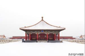 故宫初雪降落,除了倾城雪景,还有雪中的万水千山