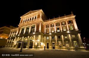 含着泪水看完了2021年维也纳新年音乐会