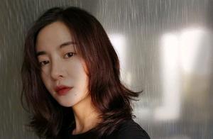 网传谢娜退出《快本》,把火烧到李晟身上,面对网友嘲讽不忘自嘲