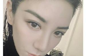 奋斗吧主播黄奕发文很喜欢刘雨昕 随后微博互关