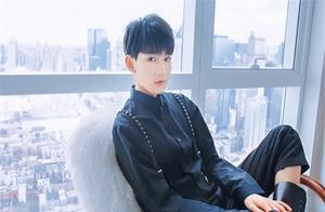 王源20岁生日,TFBOYS踩点庆生,疯狂粉丝包下地铁站庆生