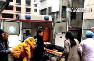 发现学生迟到后 她意外救下了祖孙三人……