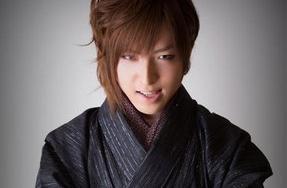 超过80%的日本年轻男性竟然会化妆?