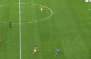 特谢拉单挑恒大后防后破门,江苏苏宁2-0领先。