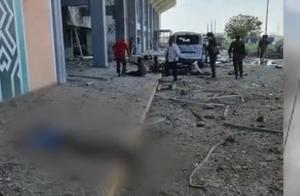 也门机场爆炸细节曝光:疑由无人机实施 官方称胡塞武装系幕后黑手