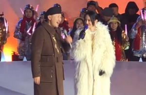 腾格尔张韶涵罕见同台,被爆合唱《隐形的翅膀》提前跨年