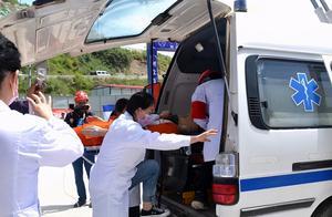 货车冲撞出殡队伍致9死续:司机被刑拘,挂靠公司多人被控制