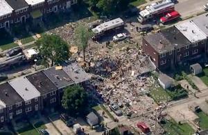 美国巴尔的摩燃气爆炸3座楼被炸平,居民听到巨响以为飞机坠毁