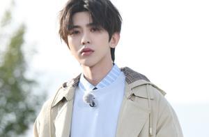 《奔跑吧》第九季阵容公开,陈赫邓超鹿晗回归,新MC加盟超惊喜