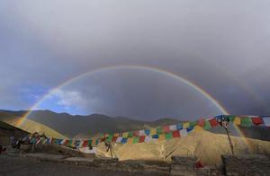 一错再错—西藏的湖光山色