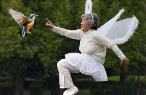 84岁骑行进藏,102岁3次跳伞:比老去更可怕的,是从未精彩地活过