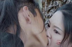 王大陆与李沁吻照,李沁被吻到嘴变形,网友:王大陆这嘴不讲武德