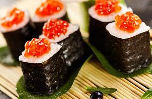 想吃寿司不用买,自己在家就能做,一压一卷一切,简单零失败