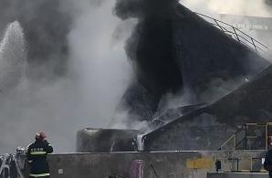 最新!兰州化工厂闪爆现场明火已扑灭 暂无人员伤亡
