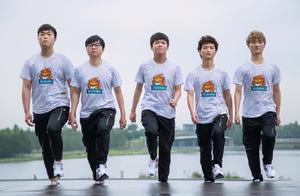韩国网友热议SN晋级总决赛:阿水就是小Deft,左手是院长