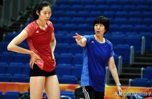 女排迎来坏消息!东京奥运卫冕难度加大,郎平朱婷会如何应对?