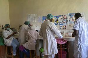 埃博拉疫情再袭几内亚夺4命 世卫展开确认检测