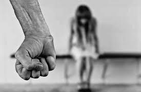 家暴惨案层出不穷,父母该如何预防孩子的暴力倾向?