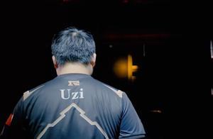 RNG回顾Uzi央视纪录片,重提S7惜败SKT,休息室的一幕令人揪心