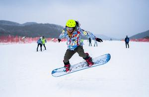 2020上海滑雪场网红地在安吉:飘在1168米云上、南方最大