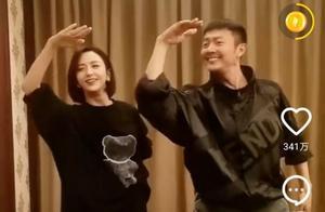 佟丽娅印小天默契同舞,跳的是实在太完美,如同两个蝴蝶飞舞