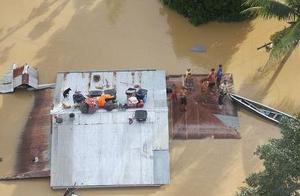 """台风""""环高""""在菲律宾造成的死亡人数上升至71人"""