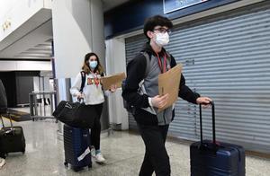 香港特区政府宣布禁止21日内曾到南非人士登机来港