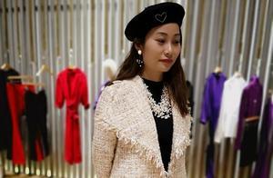 """T台时尚走进生活,原来设计师款时装价格也很""""接地气"""""""
