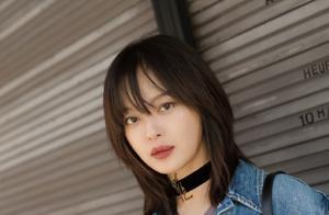 辛芷蕾换了新发型亮相品牌展,脸部僵硬长靴丑炸天,网友:像刘晓庆