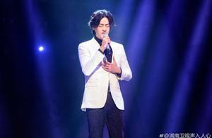 艺讯|郑云龙《漫长的告白》5月上海开演 百老汇《摇滚学校》2月开启亚洲首次巡演