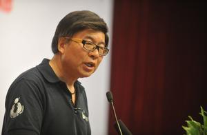 韩乔生:中国足球现在就像一个癌症患者,整体的职业化不行