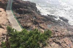 两女孩被海浪卷走不幸殒命,海边游玩这些必须谨记