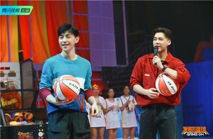 """《我要打篮球》8.21上线 李易峰邓伦""""球商""""惊人"""