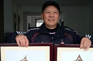 致敬医护人员!淮安68岁老人为钟南山和李兰娟制作叶雕像