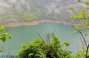 重庆巫溪:雨后云雾缭绕 宛若水墨画境