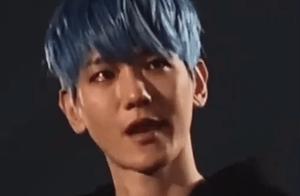 「EXO」「分享」200414 移离眼神不让泪水落下,这个瞬间太让人心疼了