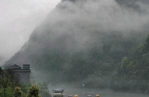 旅拍重庆江津   津南雨天和大雾的水墨氤氲