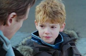 还记得《真爱至上》里的小男孩Sam吗?他现在长这样