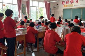 中国唯一的免费女高有位乘风破浪的女校长